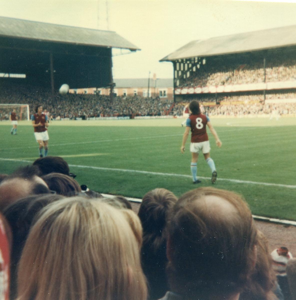 Sunderland A  1-0 to us1976